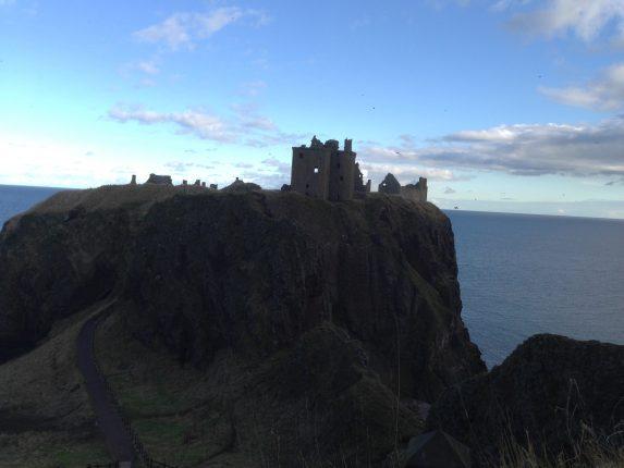 The Highland commander_Dunnottar Castle